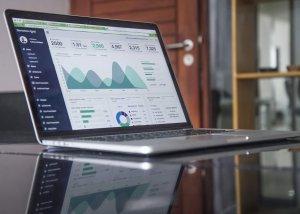 Recruiting platform showing data analysis
