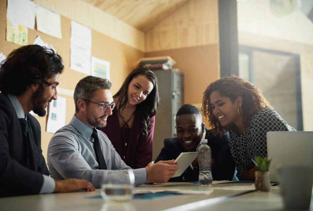 5 extraordinary benefits of age diversity in the workplace 1